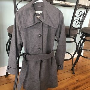 Ladies Kenneth Cole Gray Wool Jacket, Size 6